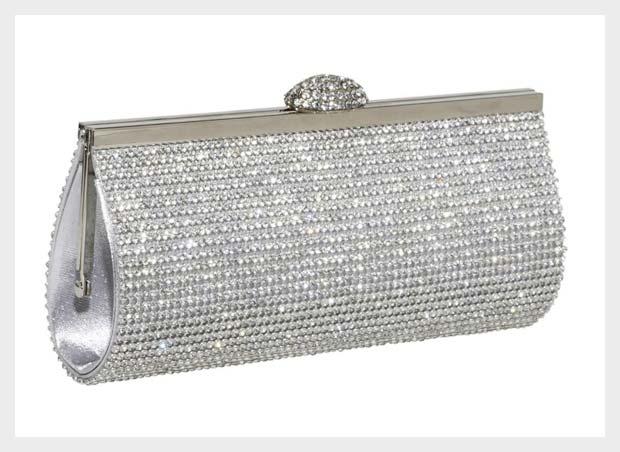 e705a01eea Outsource custom handbags to China